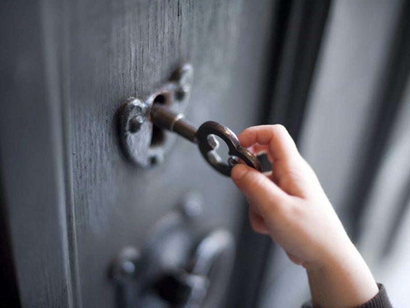 До чого сниться ключ від дверей по сонникам Міллера, Фрейда