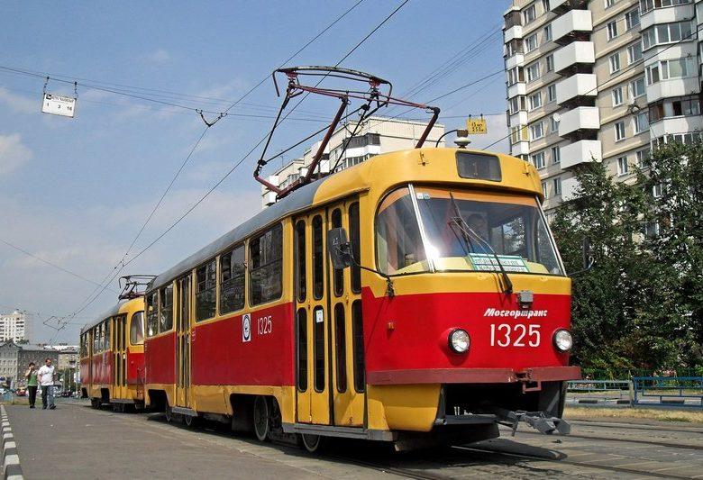 До чого сниться трамвай: їхати, бігти слідом, бачити з боку зійшов з рейок, бути в сні водієм