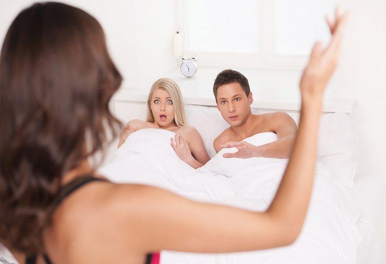 До чого сниться зрада чоловіка або коханої людини — тлумачення сну по популярним сонникам