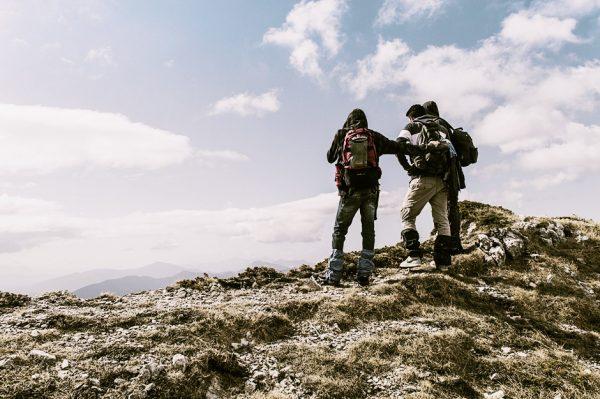 До чого сняться гори (підніматися або спускатися бігти) жінкам, чоловікам – тлумачення за версіями різних сонників, в тому числі Міллера