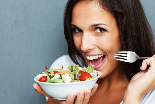 Експерти назвали продукти, які не можна їсти натщесерце